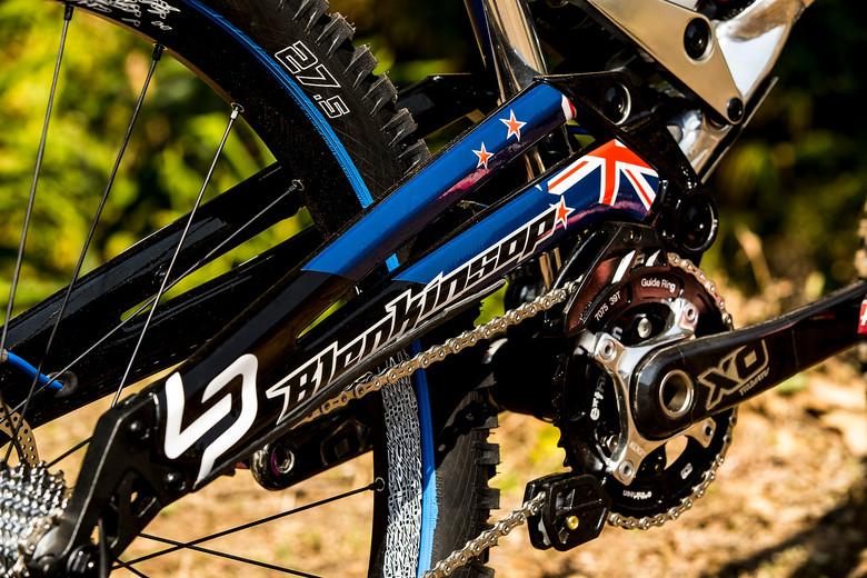 WORLD CHAMPS BIKE: Sam Blenkinsop's 27.5 Lapierre DH - WORLD CHAMPS BIKE: Sam Blenkinsop's 27.5 Lapierre DH - Mountain Biking Pictures - Vital MTB