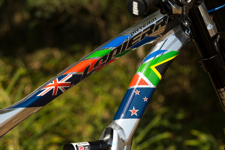 WORLD CHAMPS BIKE: Sam Blenkinsop's 27.5 Lapierre DH - WORLD CHAMPS BIKE: Sam Blenkinsop's 27.5 Lapierre DH - Mountain Biking Pictures - Vital MTB