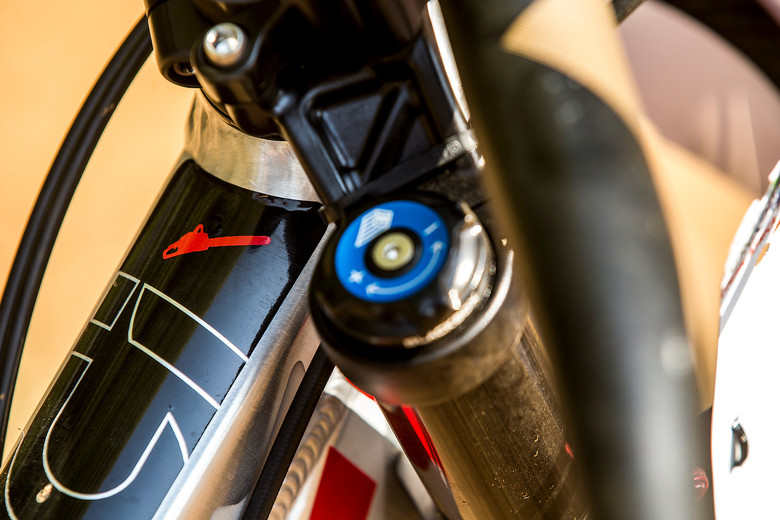 WORLD CHAMPS BIKE: Steve Smith's Custom Devinci - WORLD CHAMPS BIKE: Steve Smith's Custom Devinci - Mountain Biking Pictures - Vital MTB