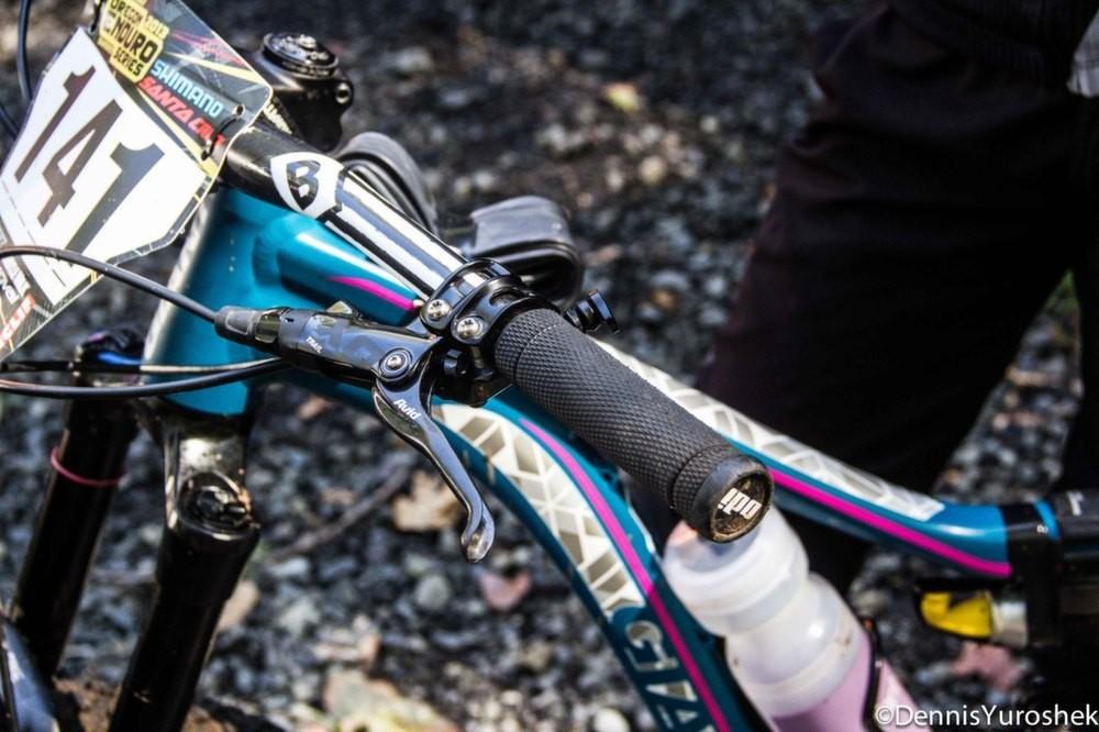 Kelli Emmett's Giant Intrigue 27.5 - PIT BITS: North American Enduro Tour, Mount Hood - Mountain Biking Pictures - Vital MTB