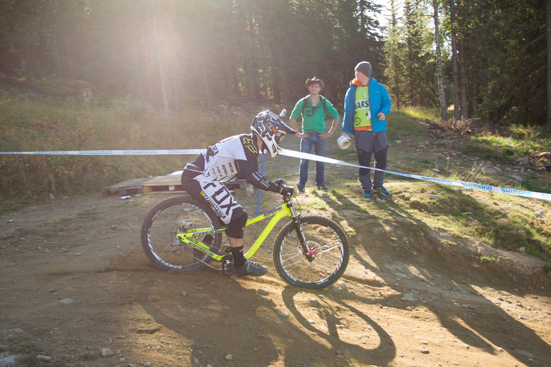 Commencal Supreme DH Bottomed Out - G-OUT PROJECT: Hafjell World Cup - Mountain Biking Pictures - Vital MTB