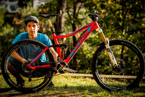 WINNING BIKE: Nico Lau's Cube Stereo 160 Super HPC 27.5