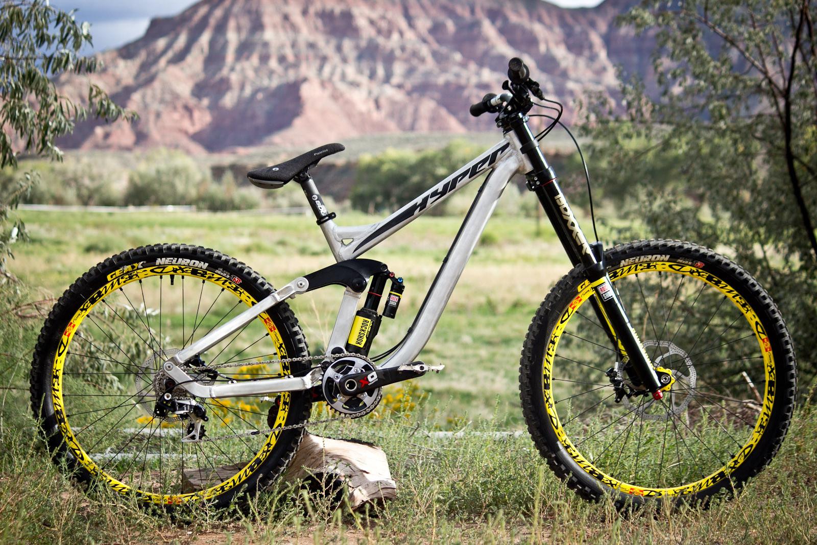 Rampage Pro Bike: Cam Zink's Prototype Hyper DH - Rampage Pro Bike: Cam Zink's Prototype Hyper DH - Mountain Biking Pictures - Vital MTB