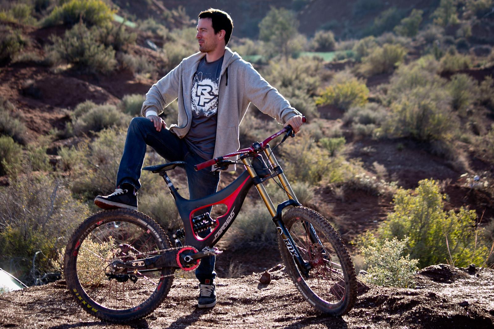 Rampage Pro Bike: Mitch Chubey's Prototype Morpheus Carbon DH - Rampage Pro Bike: Mitch Chubey's Prototype Morpheus Carbon DH - Mountain Biking Pictures - Vital MTB
