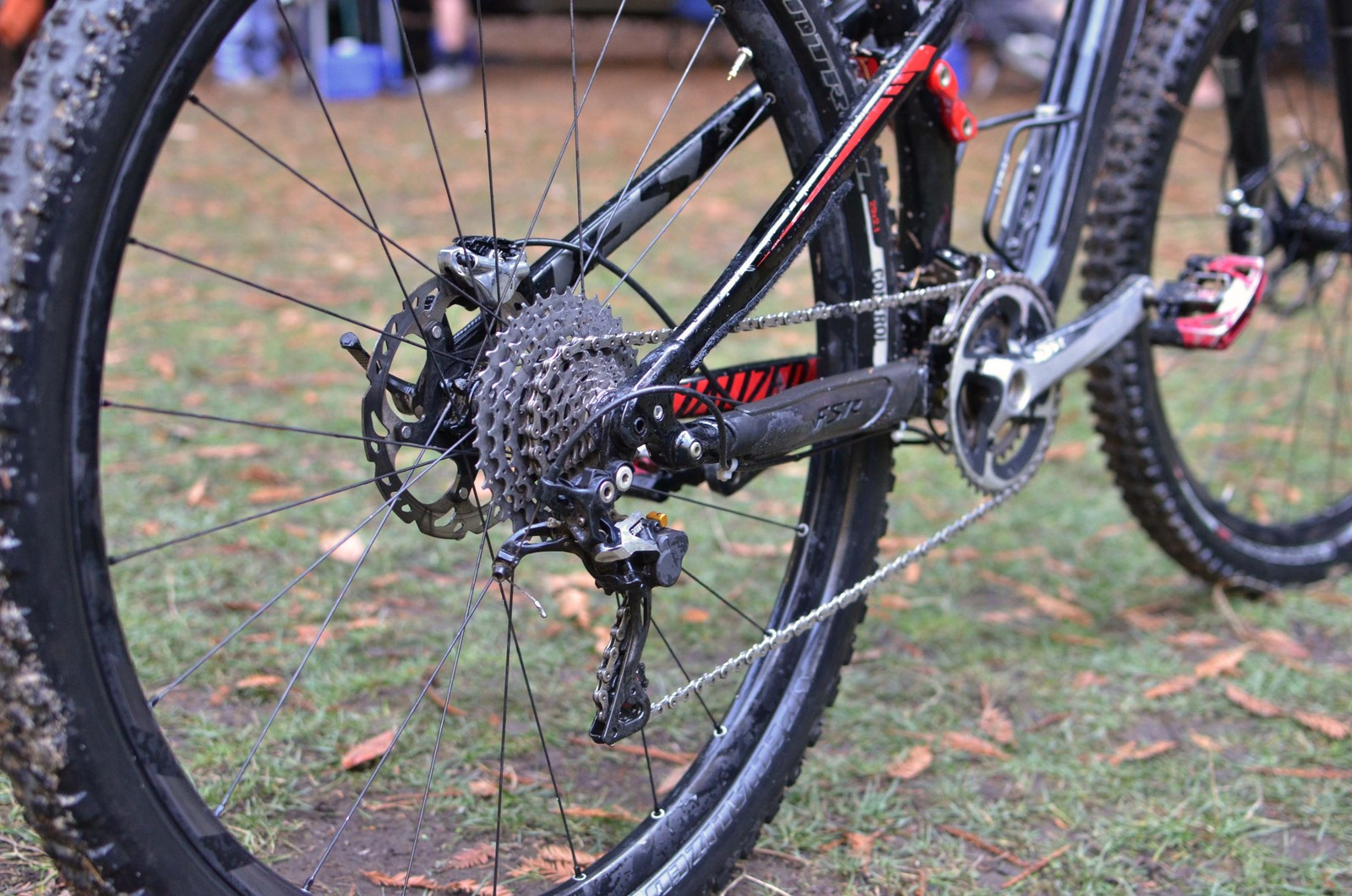 Hauer Keeping it Classy - PIT BITS - 2013 Santa Cruz Super Enduro - Mountain Biking Pictures - Vital MTB