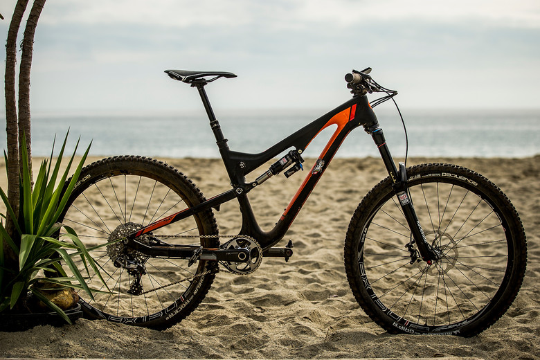 What Does the XC World Champ Ride for Enduro? Nino Schurter's 2014 Scott Genius LT - What Does the XC World Champ Ride for Enduro? Nino Schurter's 2014 Scott Genius LT - Mountain Biking Pictures - Vital MTB