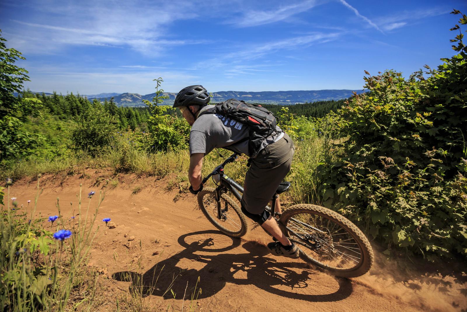 Epic Scenery in Hood River - Oregon Enduro Hood River - Mountain Biking Pictures - Vital MTB