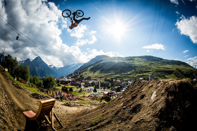 Crankworx L2A Slopestyle Finals Action - Anthony Messere Boosting to Victory - Crankworx L2A Slopestyle Finals Action - Mountain Biking Pictures - Vital MTB