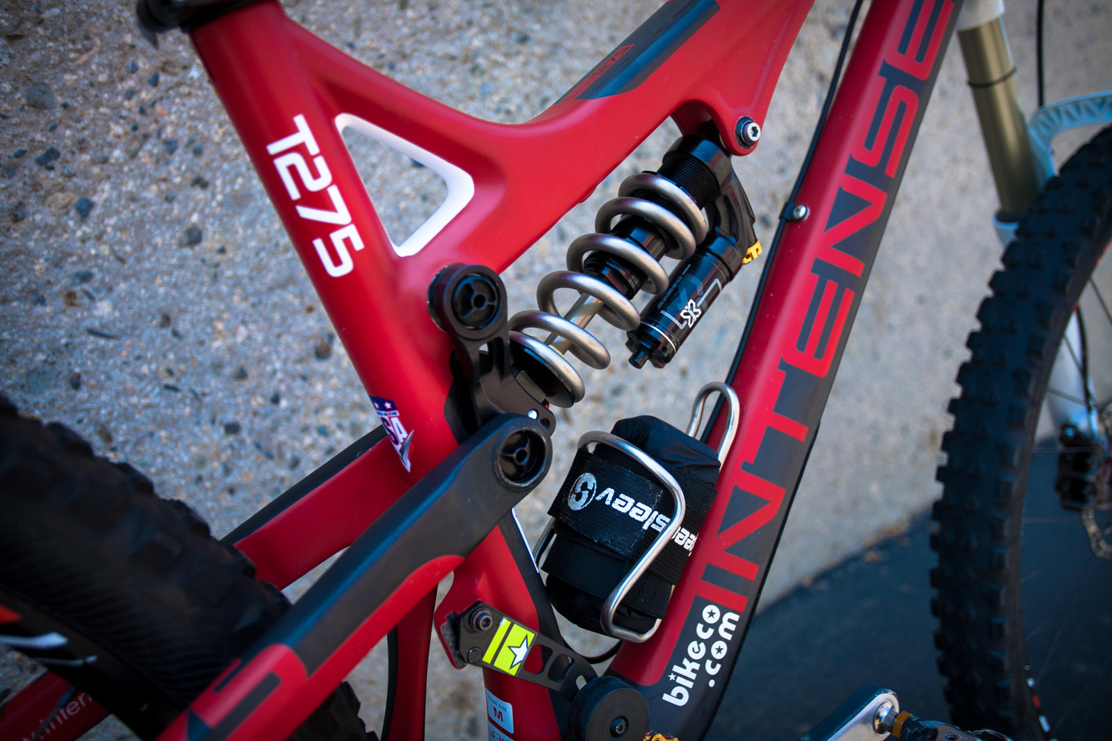 Brian Lopes' Intense Tracer T275 - Pro Bike Check: Brian Lopes' Intense Tracer T275 - Mountain Biking Pictures - Vital MTB