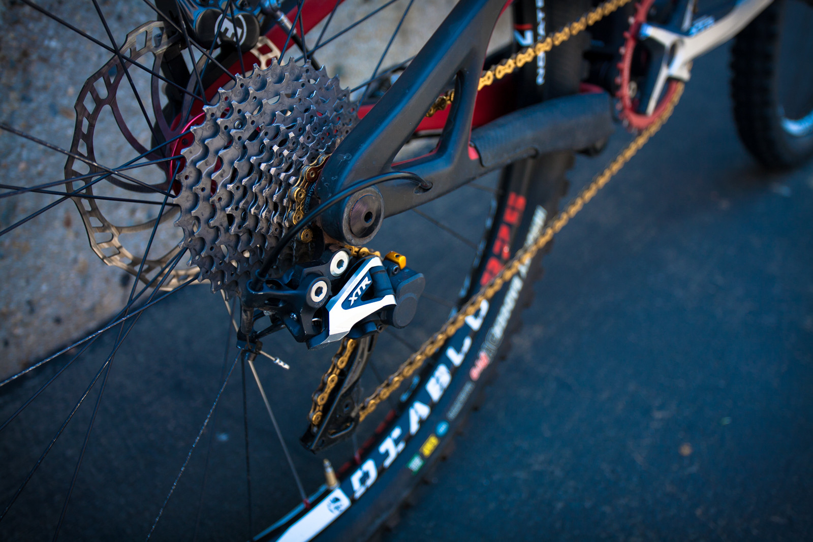 Shimano XTR Rear Derailleur and Cassette on Brian Lopes' Intense Tracer T275 - Pro Bike Check: Brian Lopes' Intense Tracer T275 - Mountain Biking Pictures - Vital MTB