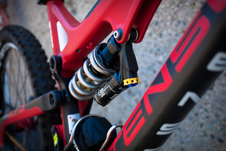 X-Fusion Vector HLR with Ti Spring on Brian Lopes' Intense Tracer T275 - Pro Bike Check: Brian Lopes' Intense Tracer T275 - Mountain Biking Pictures - Vital MTB