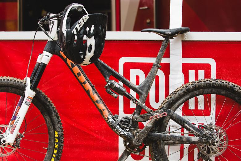 Matt Slaven's Prototype Kona Process 153 Carbon - PIT BITS - 2014 Enduro World Series Colorado Freeride Festival - Mountain Biking Pictures - Vital MTB