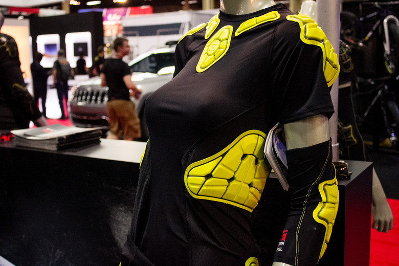 Form Women's Protection - 2016 Women's Bikes and Gear at Interbike ...