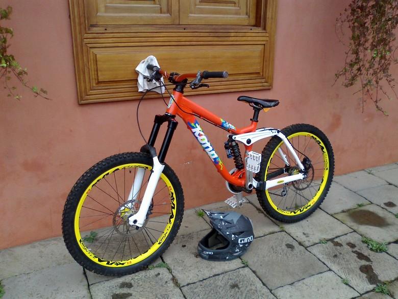 Kona Stinky 09 Anisakisrider S Bike Check Vital Mtb