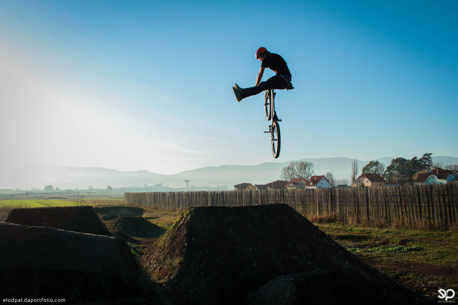 Nofoot can-can - Nándi - Mountain Biking Pictures - Vital MTB