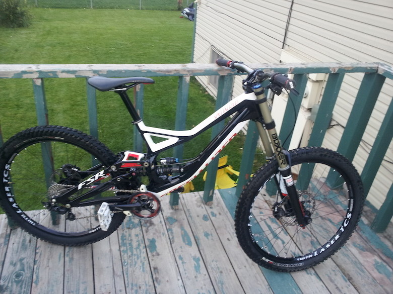 2013 Specialized Demo 8 I John Larsen 10 S Bike Check