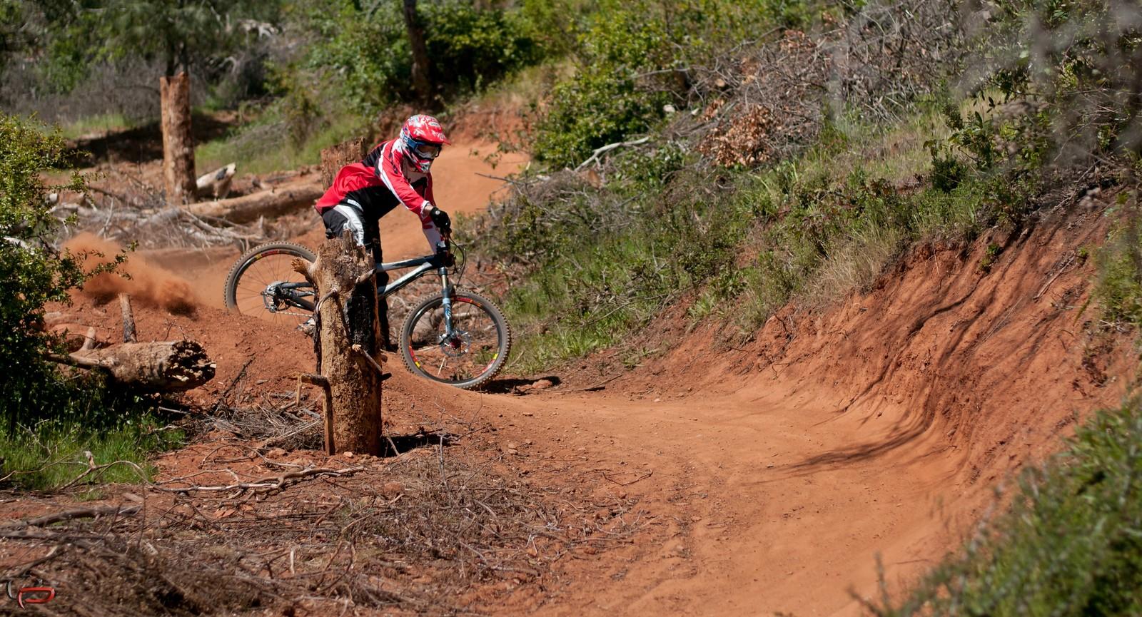 Aaron - vividphotography2011 - Mountain Biking Pictures - Vital MTB