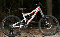 S200x600_2012_specialized_statuss