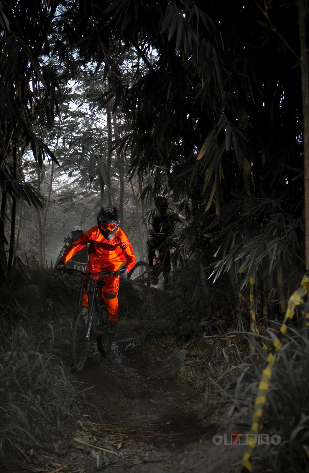 Legend  - utopiaarch - Mountain Biking Pictures - Vital MTB