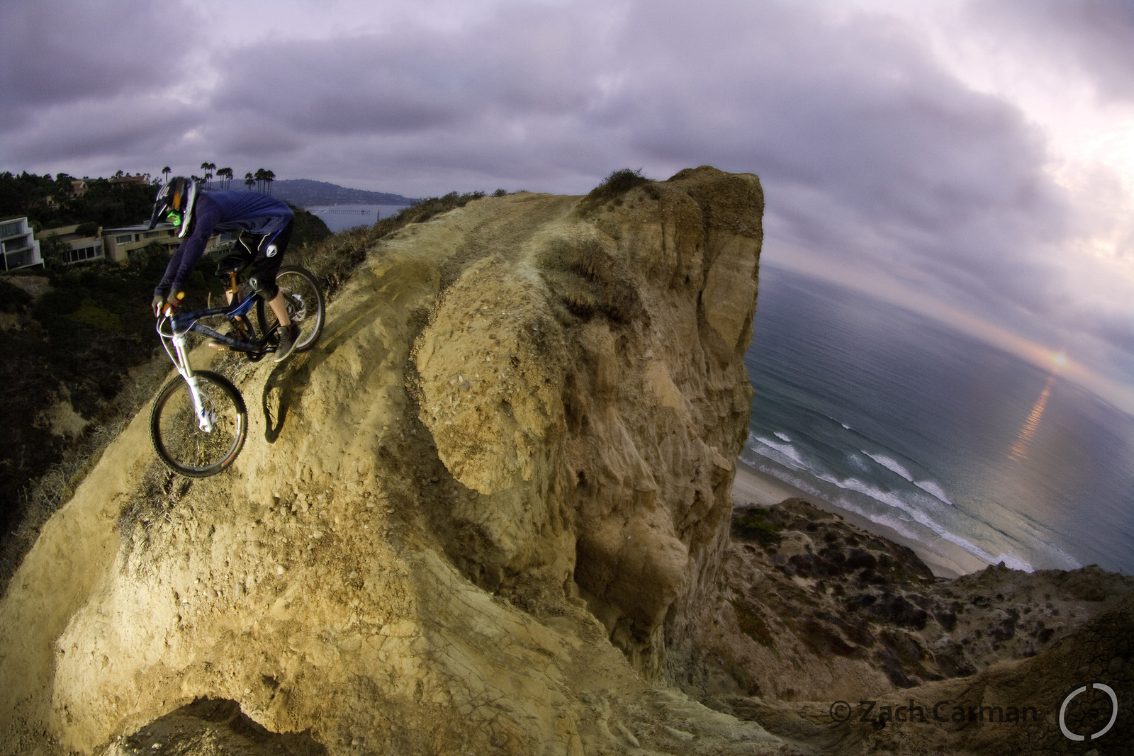 Visser ocean drop - Captures by Carman - Mountain Biking Pictures - Vital MTB
