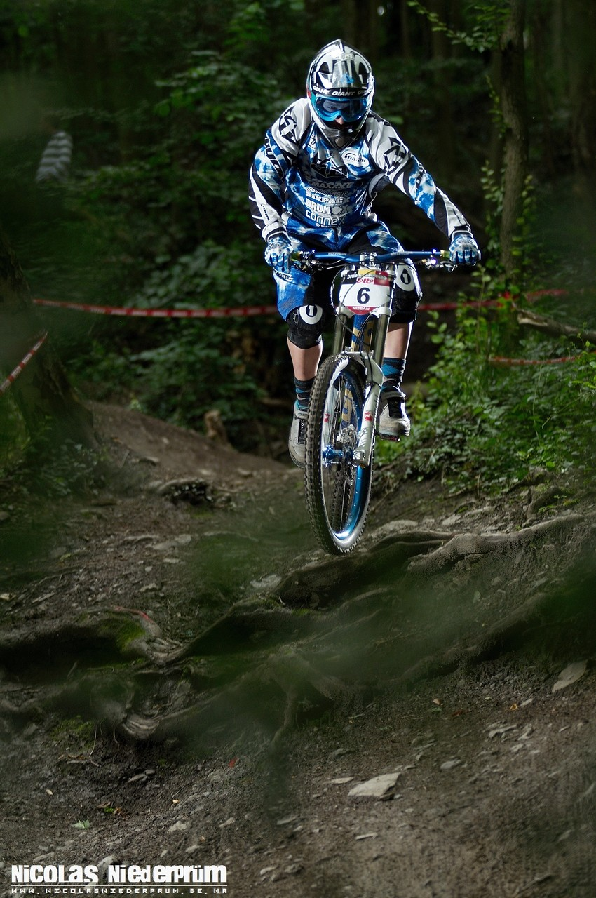 Dave Goris @Belgian Nissan Downhill Cup 2012 - Namur (Belgium) - born_to_ride - Mountain Biking Pictures - Vital MTB