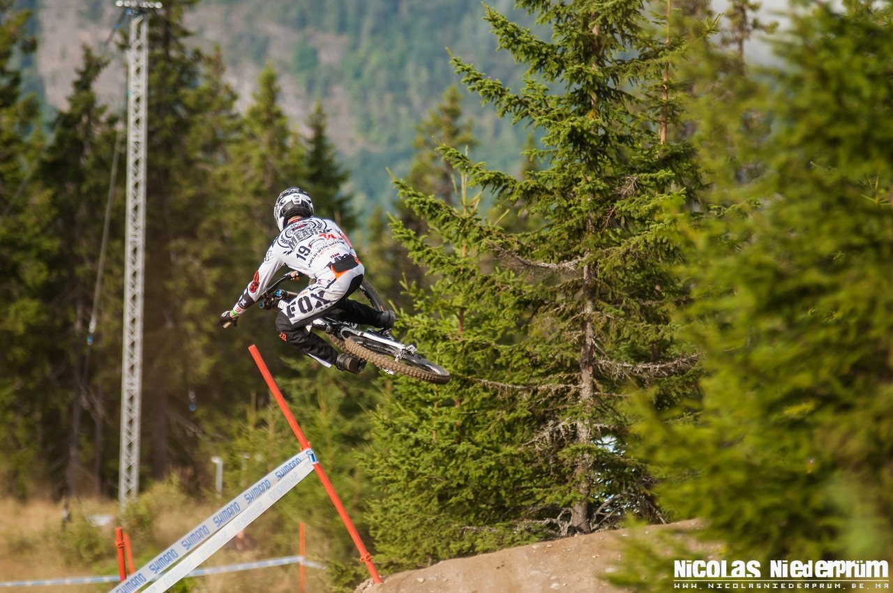 Scott Mears @Hafjell (Norway) Downhill World Cup 2012 - born_to_ride - Mountain Biking Pictures - Vital MTB