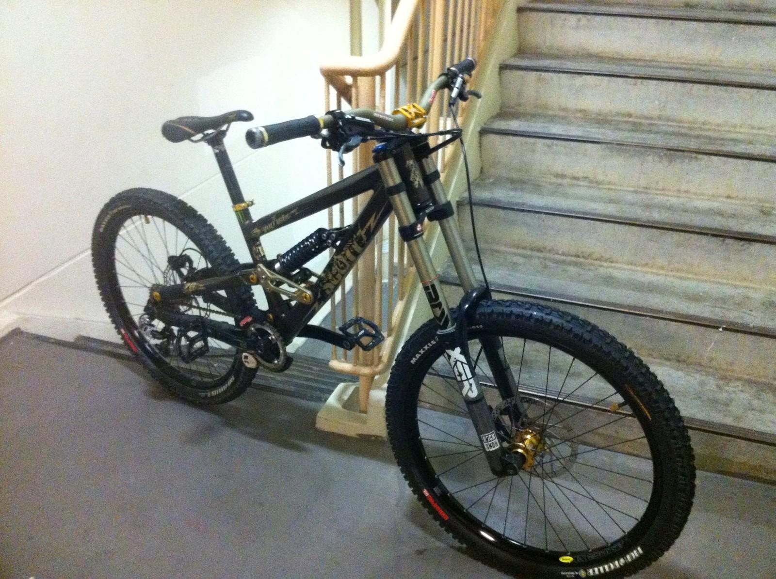 scott voltage fr 20 bike check vital mtb. Black Bedroom Furniture Sets. Home Design Ideas
