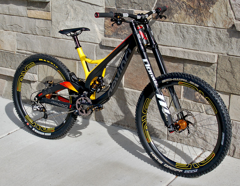 devinci bicycle: