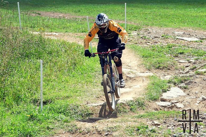 Last Corner - iRossum - Mountain Biking Pictures - Vital MTB