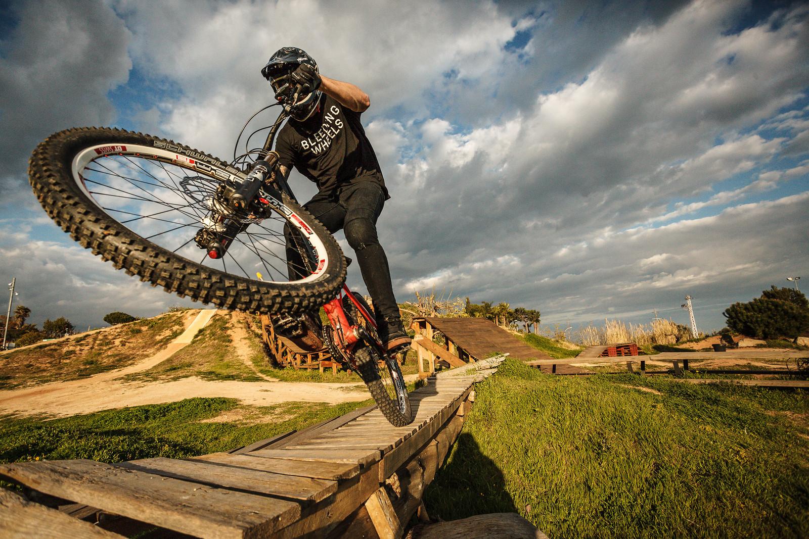 Hector Saura 1 - cristobal.batlle - Mountain Biking Pictures - Vital MTB