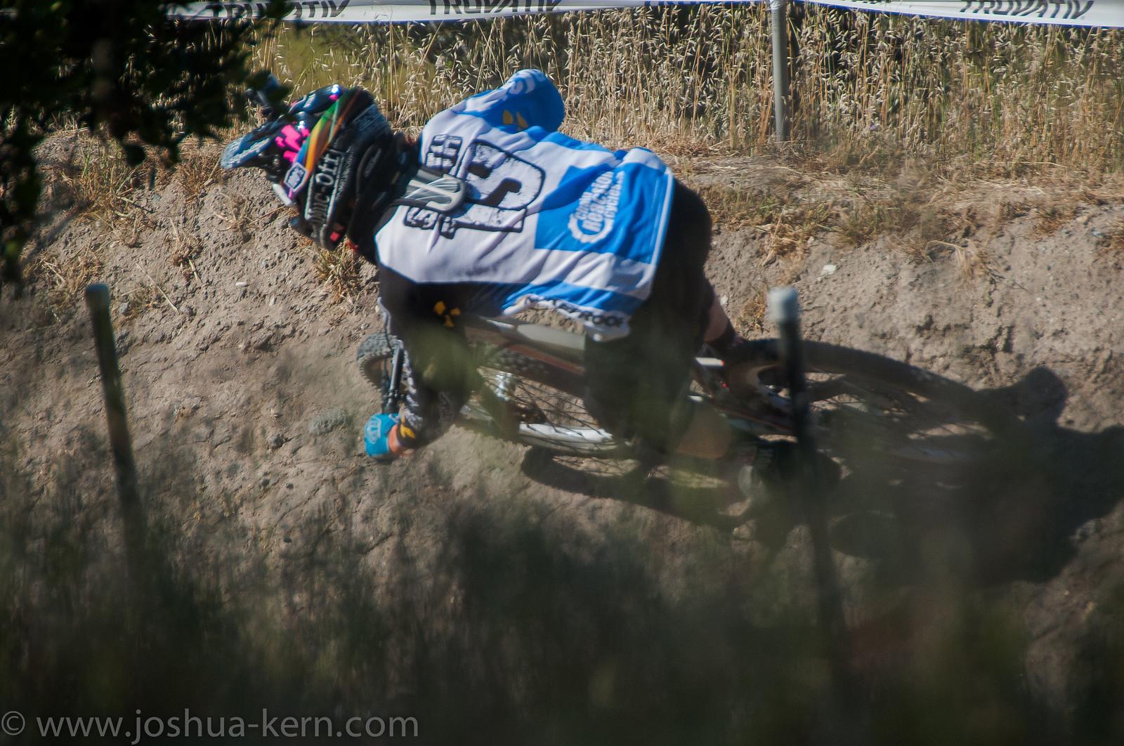 4-19-13DHPractice (14 of 36) - jkern620 - Mountain Biking Pictures - Vital MTB
