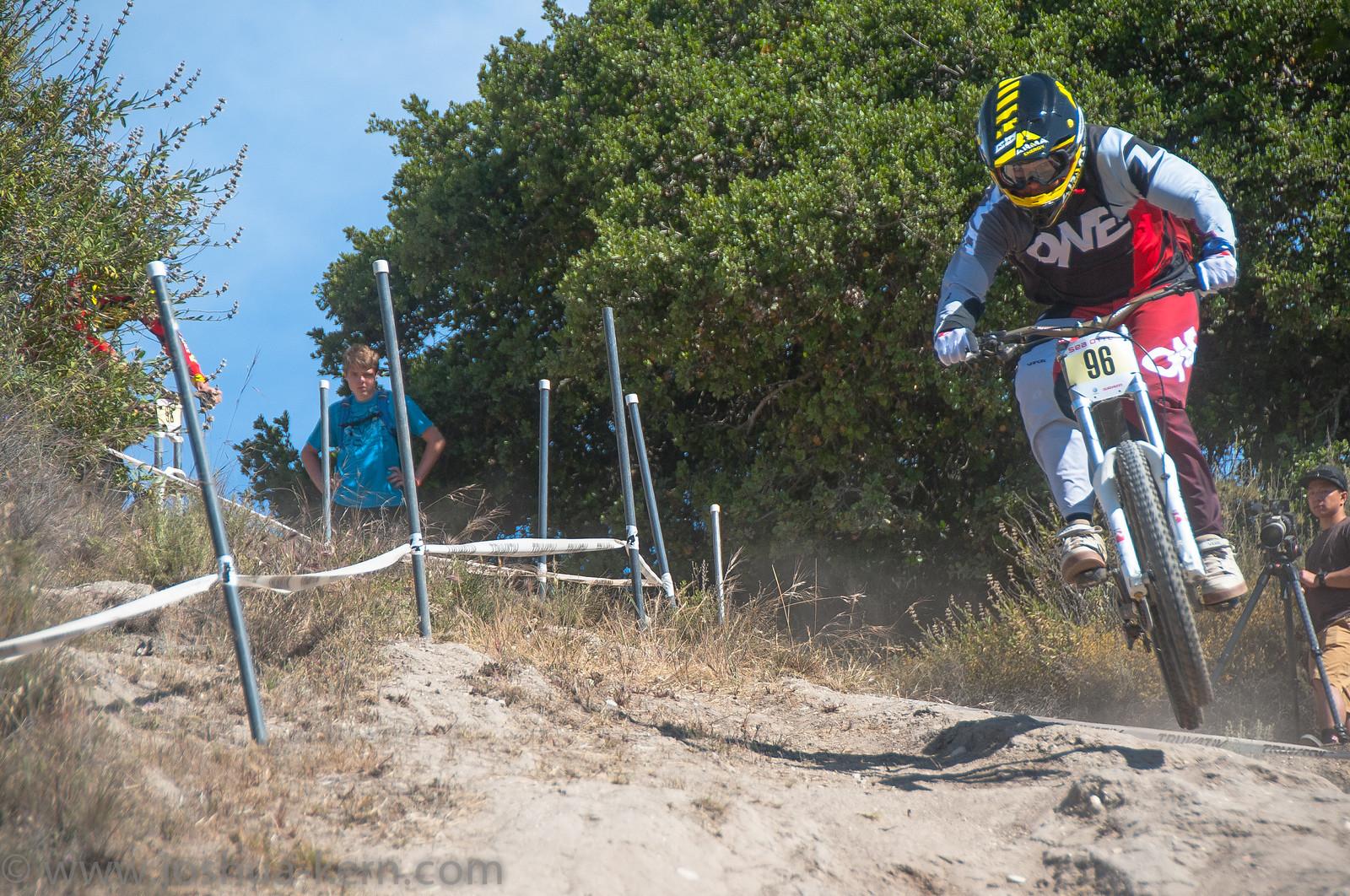 4-19-13DHPractice (35 of 36) - jkern620 - Mountain Biking Pictures - Vital MTB