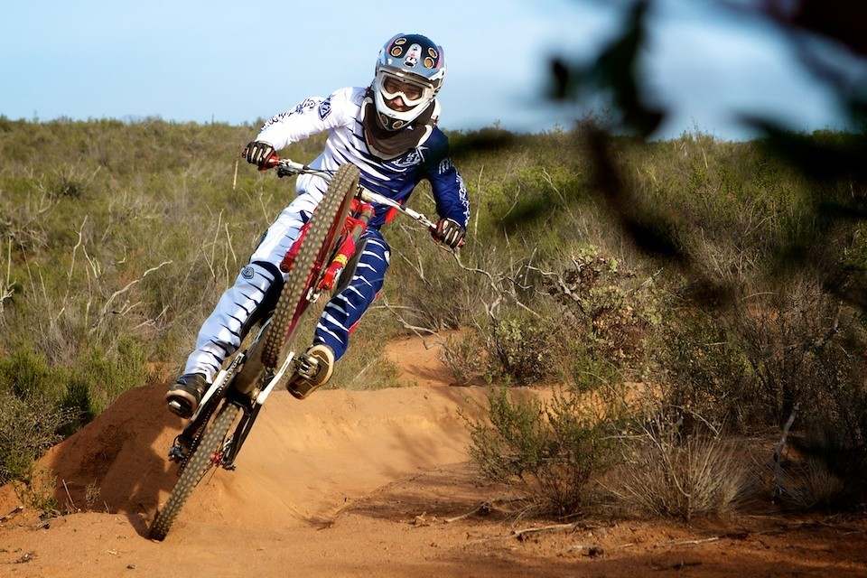 too moto - tmotleydownhill - Mountain Biking Pictures - Vital MTB