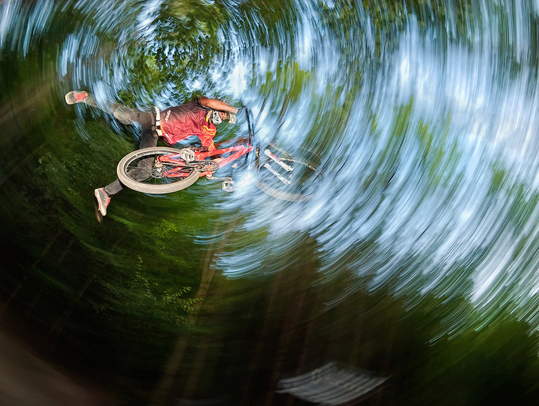 Superman - Aleš Komovec - Mountain Biking Pictures - Vital MTB
