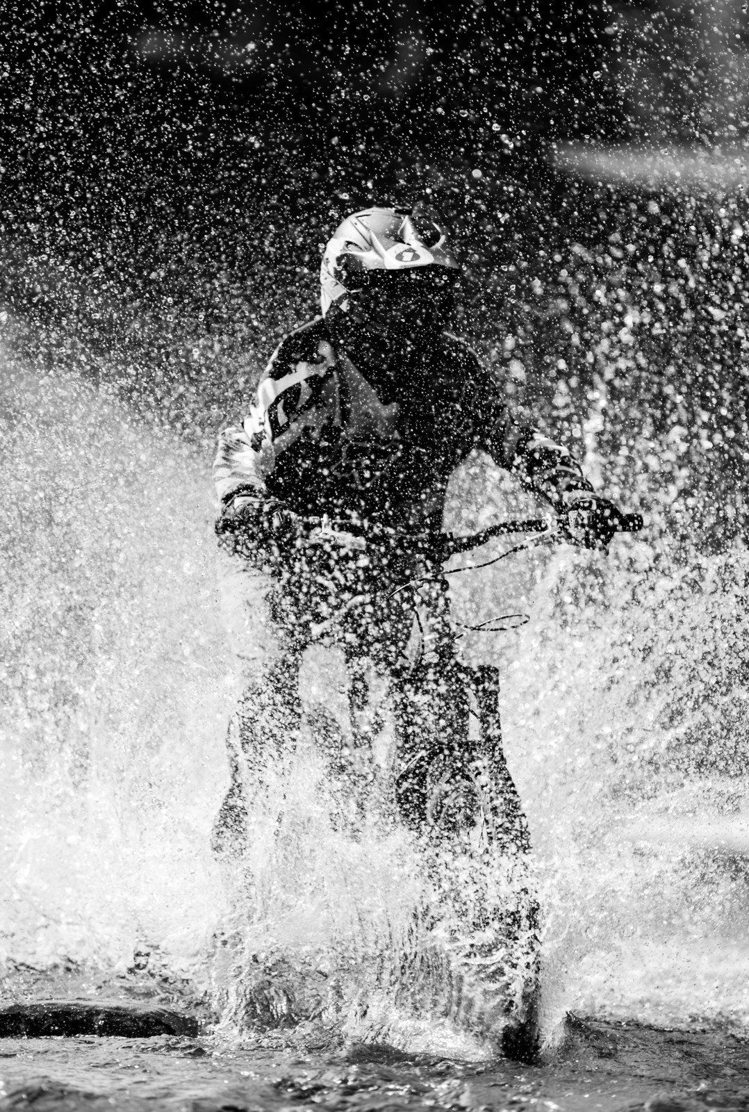 River Splashes by Maciej Olszewski - MouflonsRiders - Mountain Biking Pictures - Vital MTB