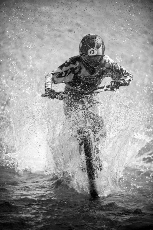 River Splashes by Maciej Olszewski - MouflonsRiders - Mountain Biking Pictures - Vital MTB