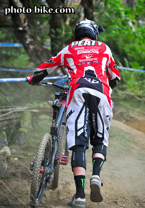 Steve Peat - photo-bike.com - Mountain Biking Pictures - Vital MTB