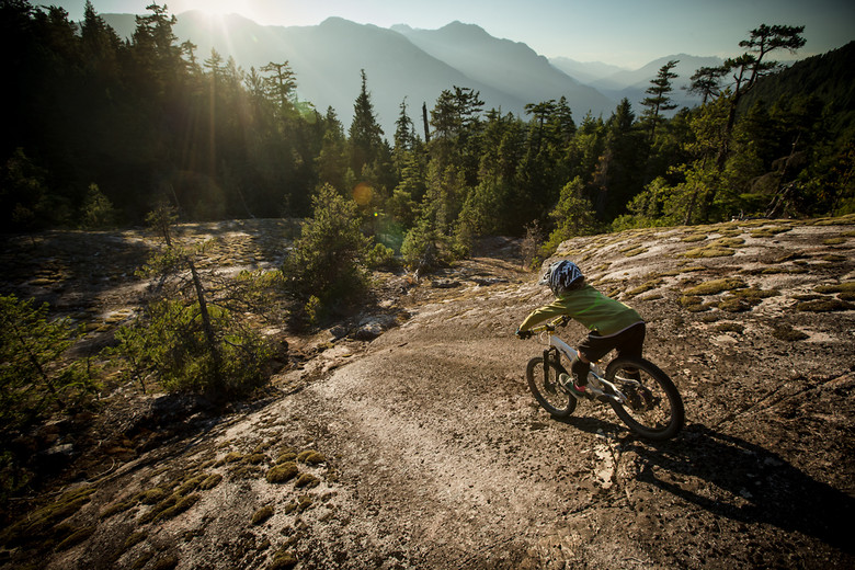 Jackson goldstone dropping in - BGoldstone - Mountain Biking Pictures - Vital MTB