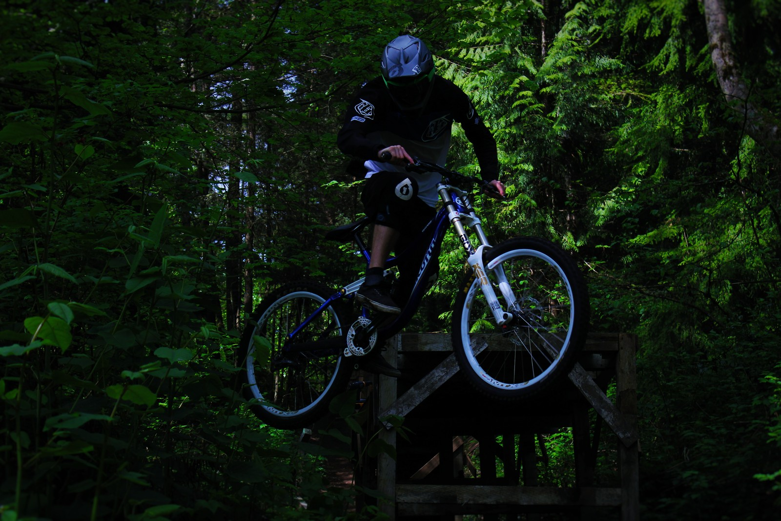 Northwest Riding - trebeol - Mountain Biking Pictures - Vital MTB