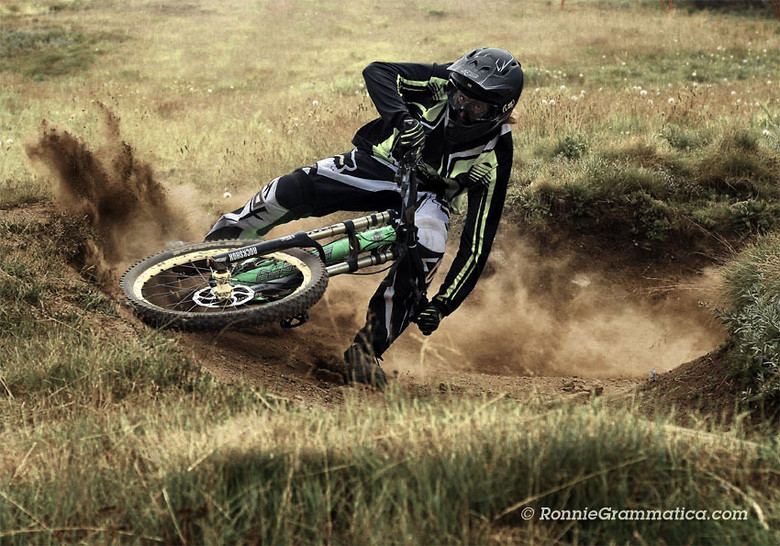 Phil mx style - RonnieGrammatica - Mountain Biking Pictures - Vital MTB