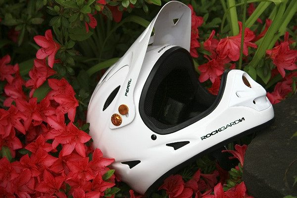 Rockgarden Helmet _1 - insuranceboy - Mountain Biking Pictures - Vital MTB