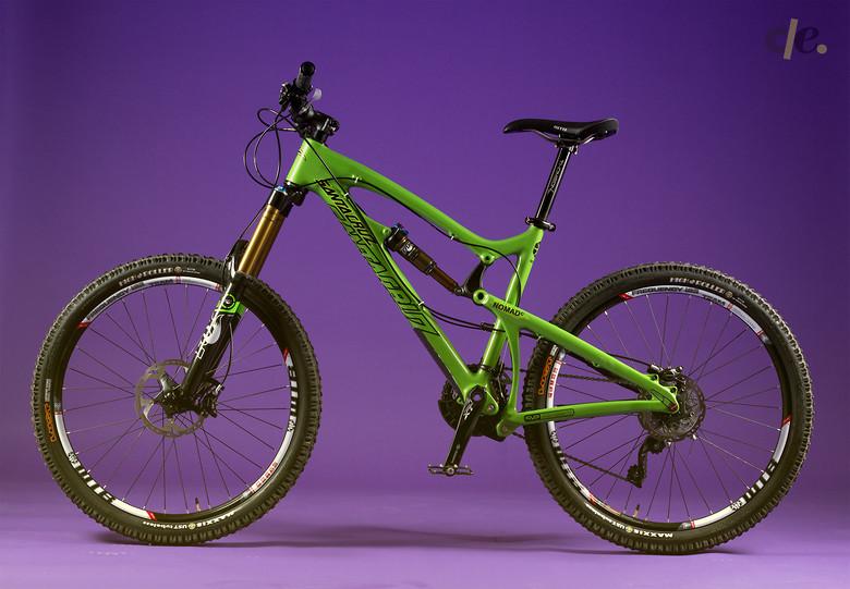 Santa Cruz Nomad Carbon 2014