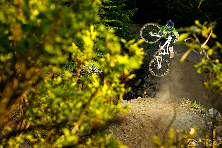 Andrew Sherry Table - MikeZinger - Mountain Biking Pictures - Vital MTB