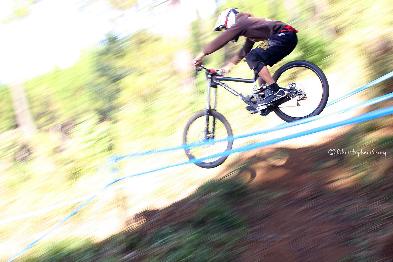 ShimanoUKDIseri02 - 0304 -mod - ombei - Mountain Biking Pictures - Vital MTB