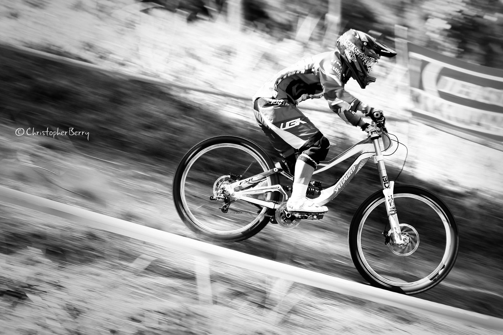 ShimanoUKDIseri02 - 2801 -mod - ombei - Mountain Biking Pictures - Vital MTB