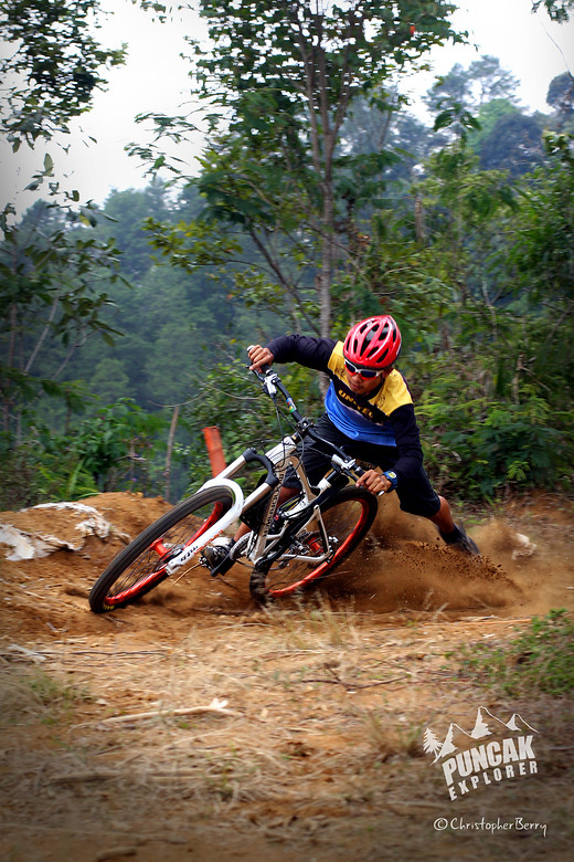 Puncak Trails - ombei - Mountain Biking Pictures - Vital MTB