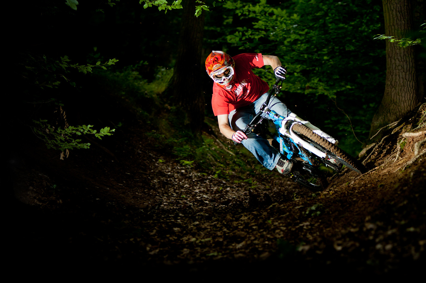 flash1 - Kusa - Mountain Biking Pictures - Vital MTB