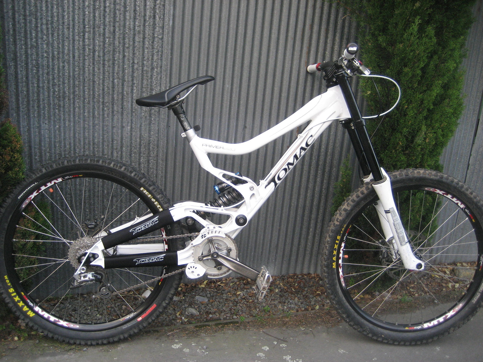 Tomac Primer 220 - mat prior - Mountain Biking Pictures - Vital MTB