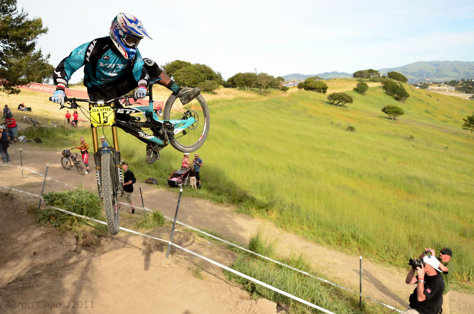 Eliot Jackson's Moto Whip  - Aaron_Chao - Mountain Biking Pictures - Vital MTB
