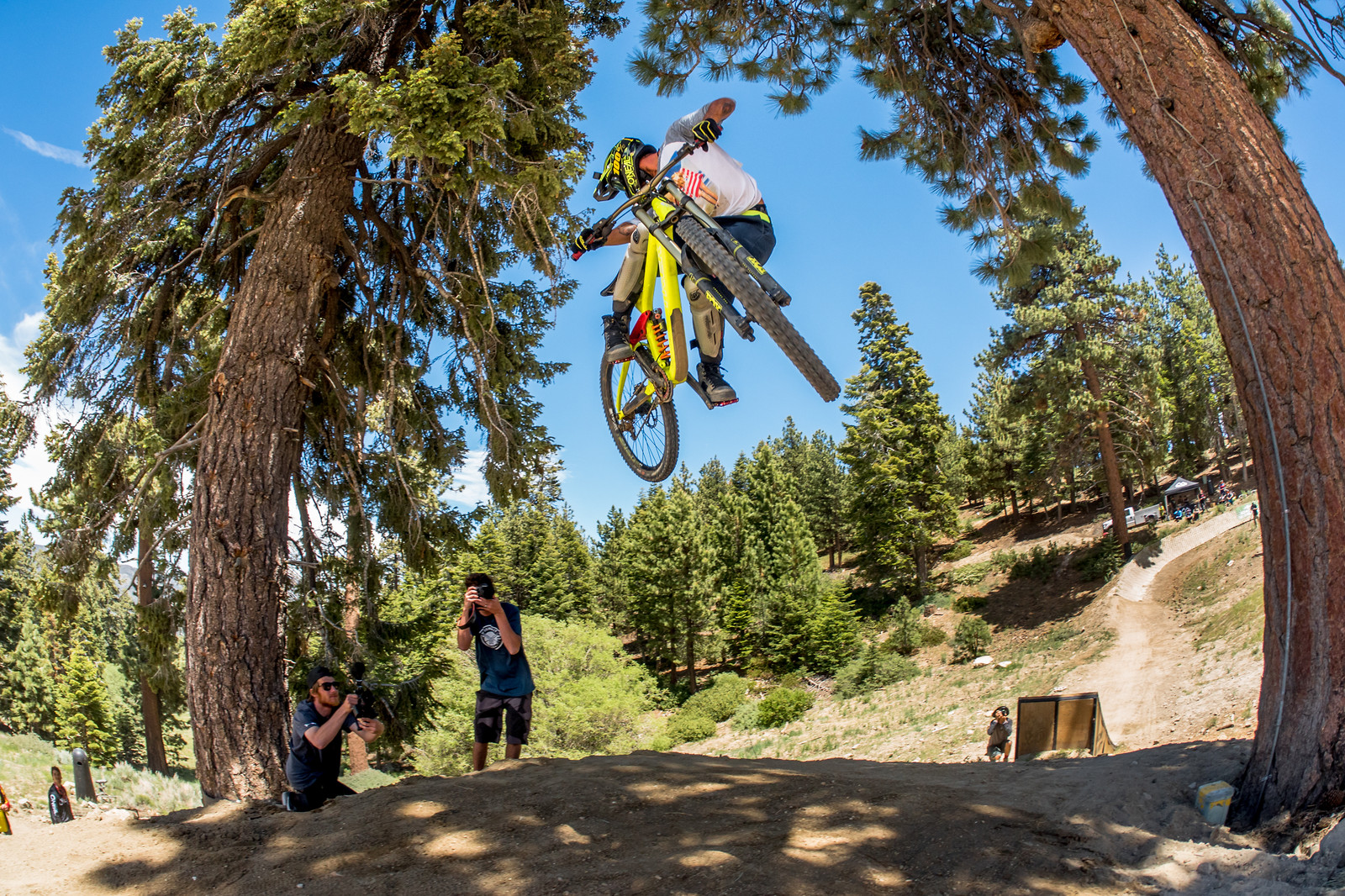 Whip at Miracle Mile - entronke - Mountain Biking Pictures - Vital MTB
